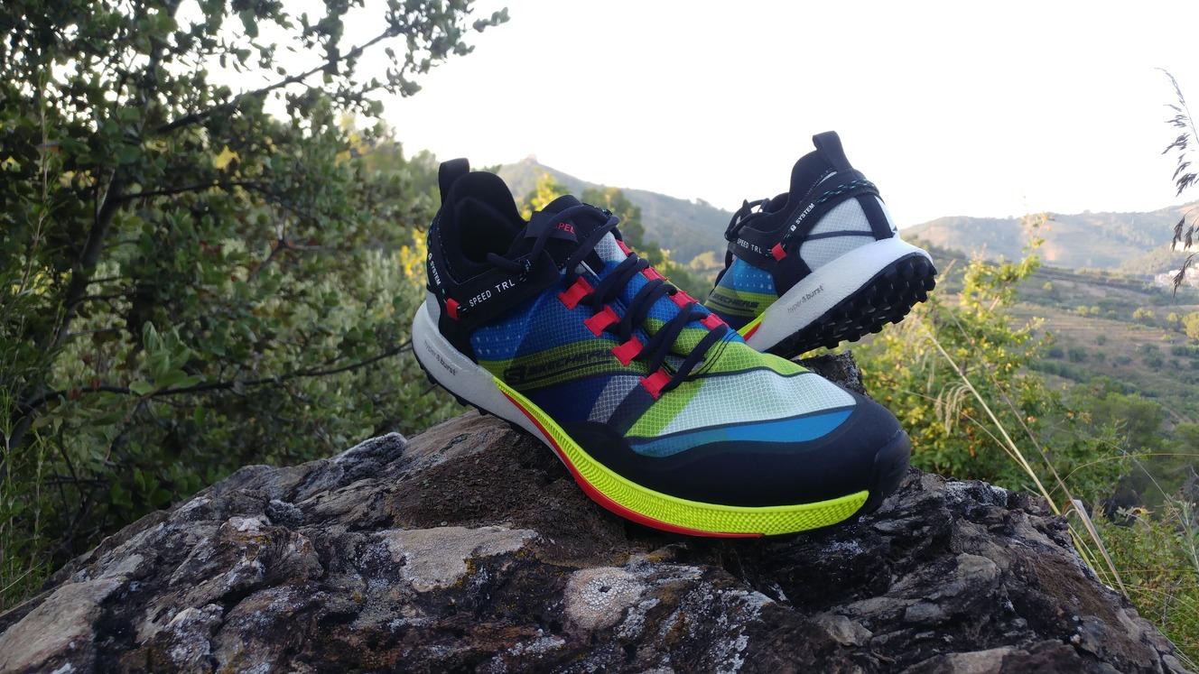vestíbulo prosa espada  Skechers Go Run Speed Trail Hyper - Zapatillas Running | Running.es