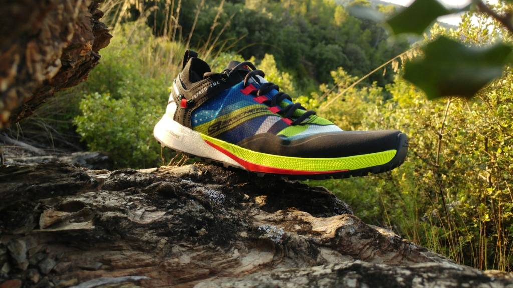 Skechers Go Run Speed Trail Hyper